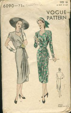 Vintage Vogue Pattern Swing Era Wrap Dress with Sweetheart Neckline 1940s Fashion, Vintage Fashion, Classic Fashion, Fashion Fashion, Vintage Dresses, Vintage Outfits, 1940s Dresses, Vintage Vogue Patterns, Moda Vintage