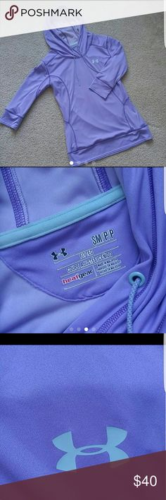 Women's underarmour fitted top Super comfy no flaws EUC Under Armour Tops