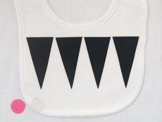 Lätzchen Black&White von Willkommen bei den *Muuschels auf DaWanda.com