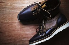 i've been seeing the vibram sole everywhere, but here with the chocolate/burgandy leater - gorgeous. via Convoy