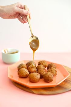 Add these pumpkin donut holes to your fall baking recipe list! Easy to make, delicious, and you can customize them two ways -- either rolled in cinnamon sugar or drizzled with a caramel bourbon glaze. Click to get the recipe and fulfill all of your pumpkin spice dreams! You'll make these baked donut holes over and over. Crispy Oven Fries, Crispy Oven Fried Chicken, Fries In The Oven, Pasta Recipes, Cake Recipes, Dinner Recipes, Dessert Recipes, Meal Recipes, Vegetarian Recipes