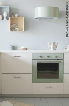 [AUGUST NEWS] Une touche design pour votre cuisine. Four REALISTISK & hotte  UDDEN #IKEA #cuisine #électroménager