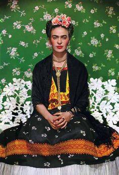 Mexikanische Urwüchsigkeit von Frida Kahlo und Nickolas Muray | HappyPhoton.de | Online Magazin für zeitgenössische Fotografie