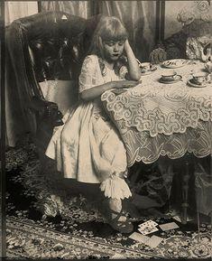 Alice ~ http://www.clavijo.ru/en/gallery/alice/view