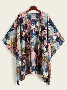 To find out about the Open Front Tropical Print Kimono at SHEIN, part of our latest Kimonos ready to shop online today! Kimono Fashion, Diy Fashion, Fashion News, Fashion Outfits, Outfits For Teens, Casual Outfits, Plus Size Kimono, Tropical Fabric, Diy Kleidung