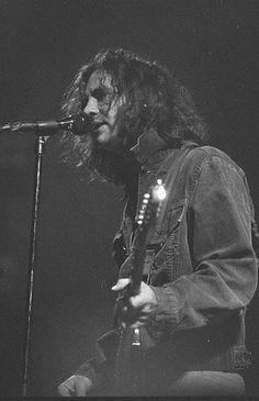 Eddie vedder from Pearl Jam Marcus Mumford, Roger Daltrey, Lollapalooza, Sean Penn, Chris Martin, Mark Hamill, Fenway Park, Hard Rock, Grunge