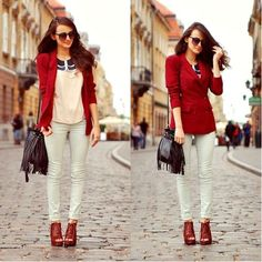 I love white pants, I don't think I'd ever wear them that skinny, my hips are too big...
