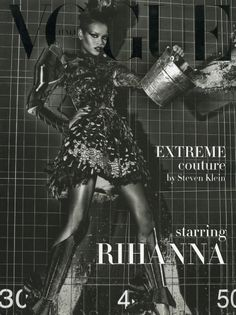 Rihanna by Steven Klein for the couture supplement of the September 2009 issue of Vogue Italia. Rihanna Now, Rihanna Vogue, Rihanna Cover, Rihanna 2014, Rihanna Fenty, Vogue Covers, Vogue Magazine Covers, Manolo Blahnik, Vogue Brazil