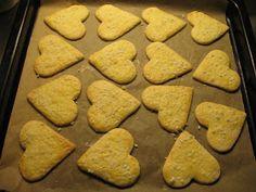 Helkan Keittiössä: Gluteenitomat Joulupikkuleivät Food And Drink, Cookies, Desserts, Crack Crackers, Tailgate Desserts, Deserts, Cookie Recipes, Postres, Dessert
