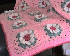 Mary Ellen's Easy Daisy Granny Square: free pattern