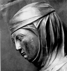 Elisabeth Church, Marburg, Germany  c. 1235  Veil tucked around head and under wimple. Both under a large fillet.