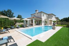 21 mai 2020 - Logement entier à 622 CHF. This beautiful villa, along with Villa Nevia, Villa Elli and Villa Zoe is set within a luxury project with 5600 of private land offering to the .
