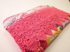 Lace Clutch Purse, Floral Zippered pouch, Handmade Pencil Case, Make up Cosmetics Bag,Wallet Coin Purse, Purses and Bags, Purse Clutch