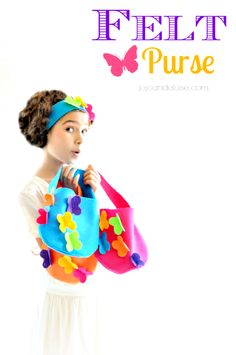 Easy DIY Felt Butterfly Purse. No sew purse tutorial that you can make with your daughter this summer!