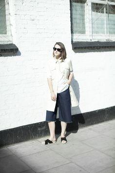 Girl a la Mode