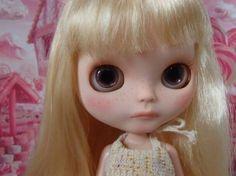 suzu * Custom Blythe ☆ unfussy girl  Buy her here:   #blythe #blythedolls #kawaii #cute #rinkya #japan #collectibles #neoblythe #customblythe