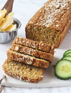 Gluten-free carrot bread made with oats Savoury Baking, Bread Baking, Good Food, Yummy Food, English Food, Gluten Free Baking, Food Allergies, No Bake Desserts, Pain