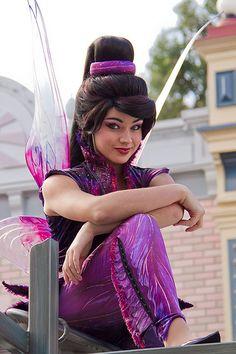 christmas tinkerbell cosplay at DuckDuckGo Tinkerbell And Friends, Disney Fairies, Disney Cosplay, Disney Costumes, Disney Love, Disney Magic, Disney Wiki, Anastacia Disney, Disneyland Face Characters