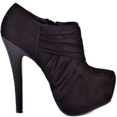 I'm kinda in love with these ankle boots. Black Suede Pumps, Black Ankle Boots, Ankle Booties, Bootie Boots, Glass Shoes, Shiny Shoes, All About Shoes, Beautiful Shoes, Cute Shoes
