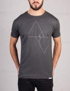 Screen printing - Shirts - Eco Fashion // Photos by www. Screen Printing Shirts, Fashion Photo, Prints, Mens Tops, Clothes, Shopping, Geometry, Women, Tattoos