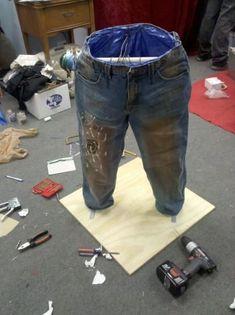 recycle jeans - garden pots