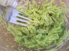 Aprenda a preparar guacamole sem coentro com esta excelente e fácil receita. O Guacamole é uma das receitas mexicanas mais populares em todo o mundo. Por isso,...