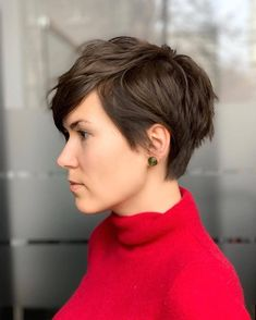 Today we have the most stylish 86 Cute Short Pixie Haircuts. We claim that you have never seen such elegant and eye-catching short hairstyles before. Pixie haircut, of course, offers a lot of options for the hair of the ladies'… Continue Reading → Latest Short Hairstyles, Choppy Bob Hairstyles, Short Hairstyles For Thick Hair, Short Pixie Haircuts, Hairstyles With Bangs, Short Hair Cuts, Curly Hair Styles, Cool Hairstyles, Girl Haircuts