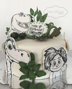 The Good Dinosaur Cake - By Nice Ribbon Atelier