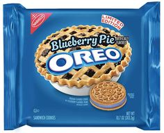 Rumor has it that oreo is bringing back their Blueberry Pie Oreos. Who is excited They are personally my favorite flavor they have released oreo snacks junkfood cookie comingsoon nabisco sweets oreos Weird Oreo Flavors, Pop Tart Flavors, Cookie Flavors, Sandwich Cookies, Oreo Cookies, Oreo Treats, Blueberry Pie Oreos, Tortas Deli, Ben Und Jerrys