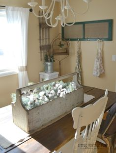 Simple Winter Decor Farmhouse Style Dining Room