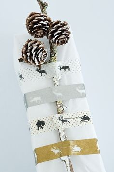 My new favorite!! Dishfunctional Designs: Creative Holiday Gift Wrapping Ideas