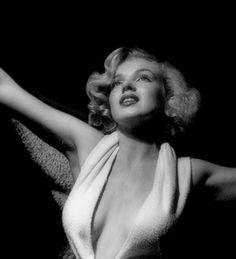 Marilyn Monroe fotografiada por Anthony Beauchamp, 1951