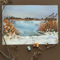 """Зима пришла❄️И в очередной раз хочется сказать """"Ну почему так рано?!"""" Все-таки я теплолюбивый цветок А есть здесь те, кто ждёт зиму? И искренне радуется 5 месяцам зимы? #пастель #рисуюпастелью #зима #зимахолода #снег #softpastel #softpastels #schmincke #artist #winter #snow"""