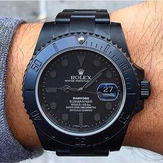 Custom made all black Rolex Submariner. Photo and watch from by dailywatch or ? Custom made all black Rolex Submariner. Photo and watch from by dailywatch Retro Watches, Fine Watches, Sport Watches, Cool Watches, Rolex Watches, Stylish Watches, Luxury Watches For Men, Black Rolex, Watches Photography