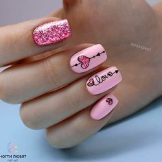 Pink Glitter Herz Nail Art, How to utilize nail polish? Nail polish on your own friend's nails looks perfect, but you can't Nails Now, Love Nails, Gel Nails, Nail Polish, Coffin Nails, Stiletto Nails, Gel Manicures, Heart Nail Designs, Valentine's Day Nail Designs