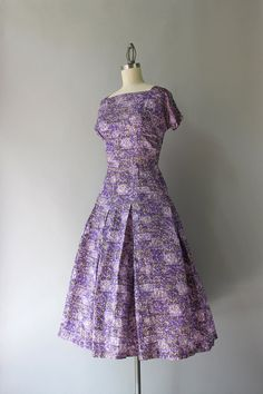 1950s Dress / Vintage 50s Lilac and Lavender Taffeta Dress /