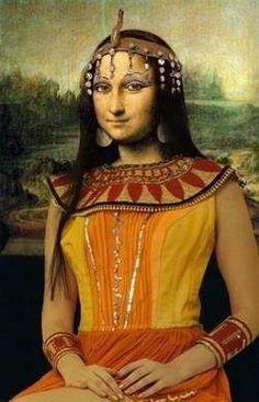 Mona Néfertiti -- by Teddy Royannez (France)