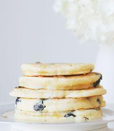 blueberry pancakes // gluten free