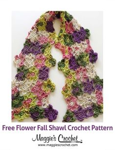 Flower Fall Shawl Free Crochet Pattern ✿⊱╮Teresa Restegui http://www.pinterest.com/teretegui/✿⊱╮