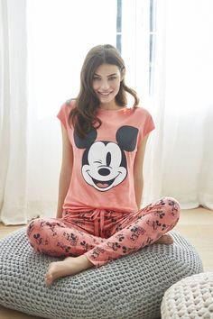 Mickey collection by Women'secret Pyjamas, Pjs, Pyjama Disney, Pajama Party, Pajamas Women, Outfits For Teens, Nightwear, Lounge Wear, Comfy