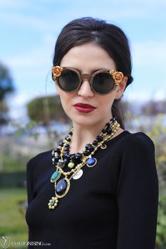 :: Statement necklace and sunglasses ::