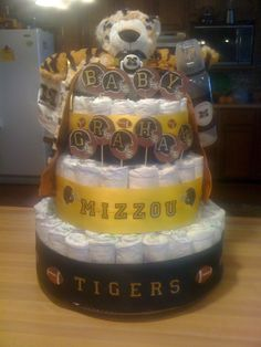 My MIZZOU Diaper Cake!!  @Melissa Brown Walsh if you EVER have a kid, I PROMISE to make you this!