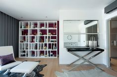 ooh the things I could do with all those shelves..