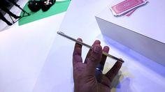 Dünyanın en ince telefonu olarak piyasaya çıkan Oppo R5, performansı ve şıklığı ile beğeni topluyor. Dünyanın en ince telefonu unvanını 4,85mm ile elinde tutan Oppo R5, bir çok telefon şirketinin klasikleşmiş kutularından farklı bir şekilde satılıyor. Ahşap malzeme ile yapılan üçgen bir kutu ...