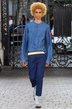 Somehow I love this simple chambray top from Haider Ackermann Spring 2016 Menswear Fashion Show - Mickaël Lockley