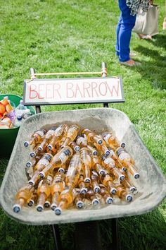 Outdoor wedding drink station for the cocktail party, beer barrow Beer Barrow, Backyard Wedding Decorations, Wedding Backyard, Rustic Party Decorations, Backyard Engagement Parties, Barn Dance Decorations, Party Decoration Ideas, 21st Birthday Decorations, Backyard Birthday