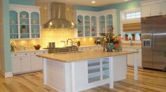 Extreme Home Makeover kitchen