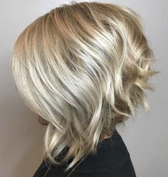 Blonde Stacked Bob Haircut Your hair type is a very important factor for an accurate haircut. Here we will see a bob cut that will fit every hair type: Stacked Bob Haircuts. This hair. Inverted Bob Haircuts, Inverted Bob With Layers, Short Afro, Messy Bob Hairstyles, Hairstyles 2018, Stacked Bobs, Short Stacked Hair, Lob Haircut, Haircut For Thick Hair