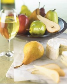 Pears, Wine and Cheese #springforpears #usapears