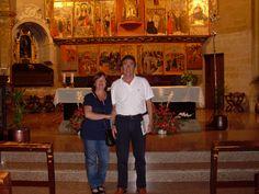 Dos sevillanos muy simpáticos a los que les ha encantado el retablo mayor de la Iglesia de El Salvador